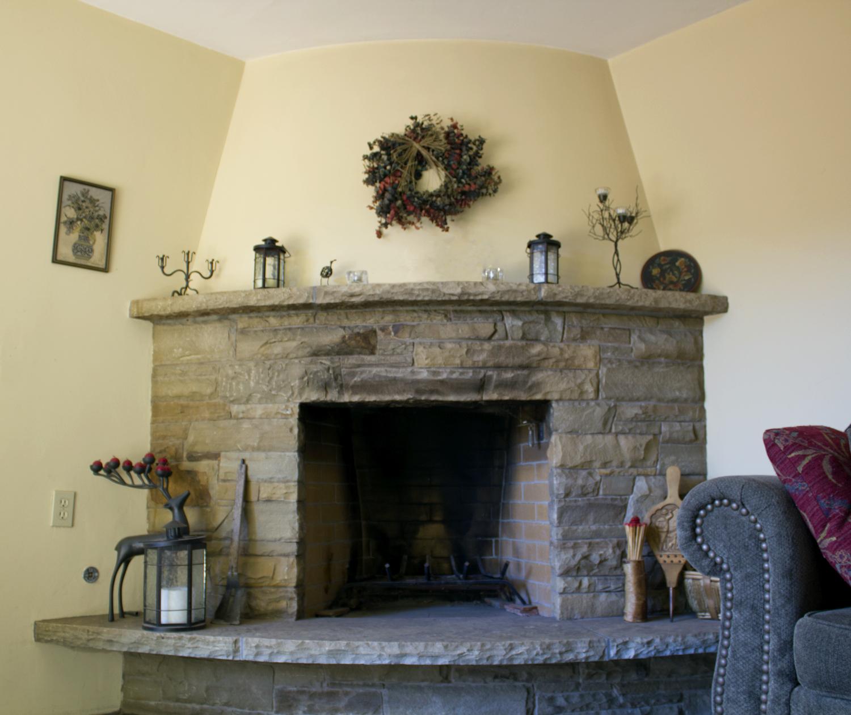 W_Fireplace_IMG_4752.jpg