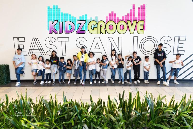 kids-groove.jpg