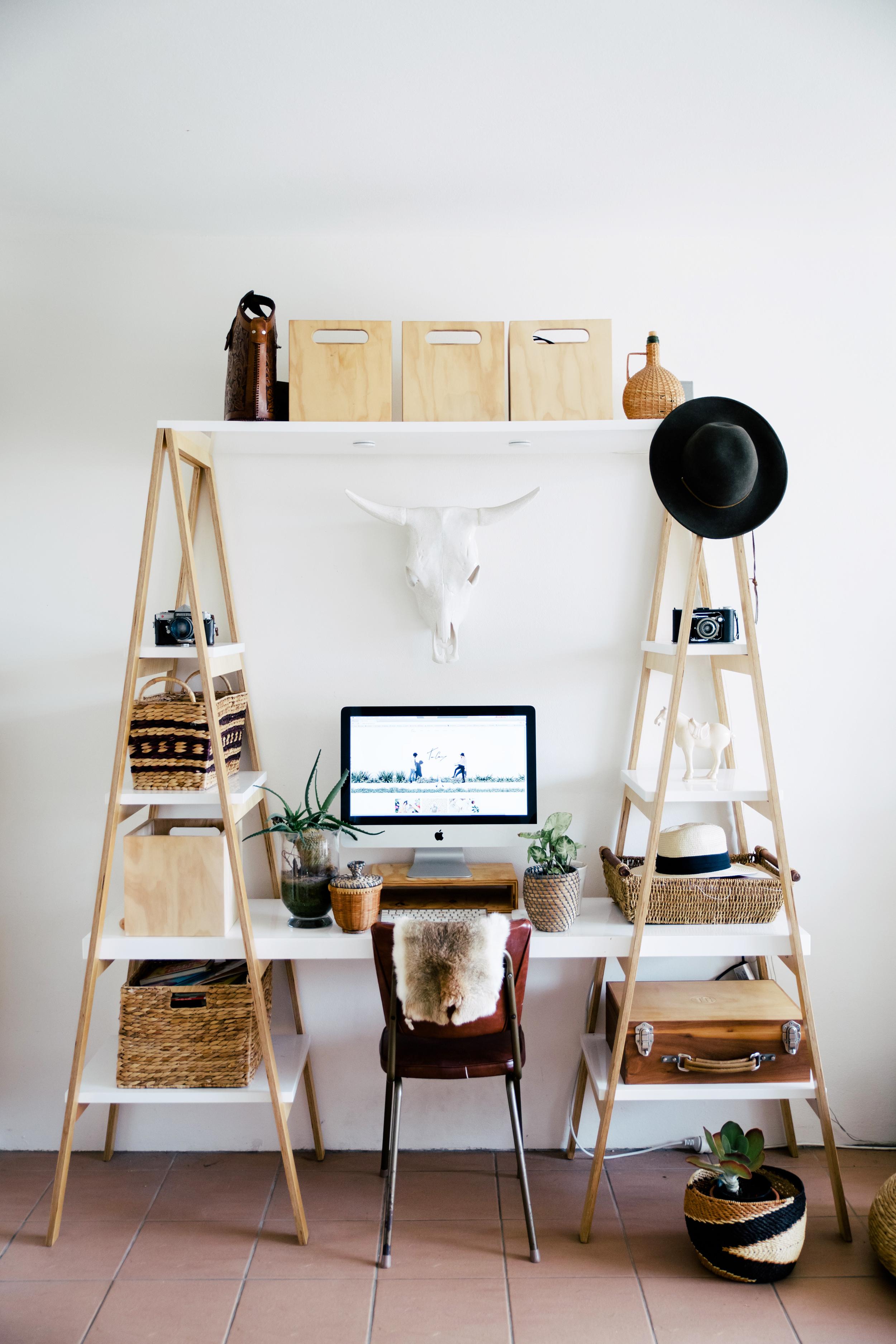 creativeflair_tessguinery_desk