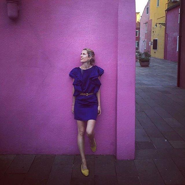When in Venice 💕 @claire_fouche wearing Fouché Kuba Earrings ⠀⠀⠀⠀⠀⠀⠀⠀⠀ ⠀⠀⠀⠀⠀⠀⠀⠀⠀ ⠀⠀⠀⠀⠀⠀⠀⠀⠀