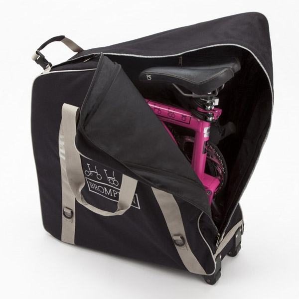 b bag  -Padded nylon bag -Shoulder strap as well as handles -Packs down flat for storage.