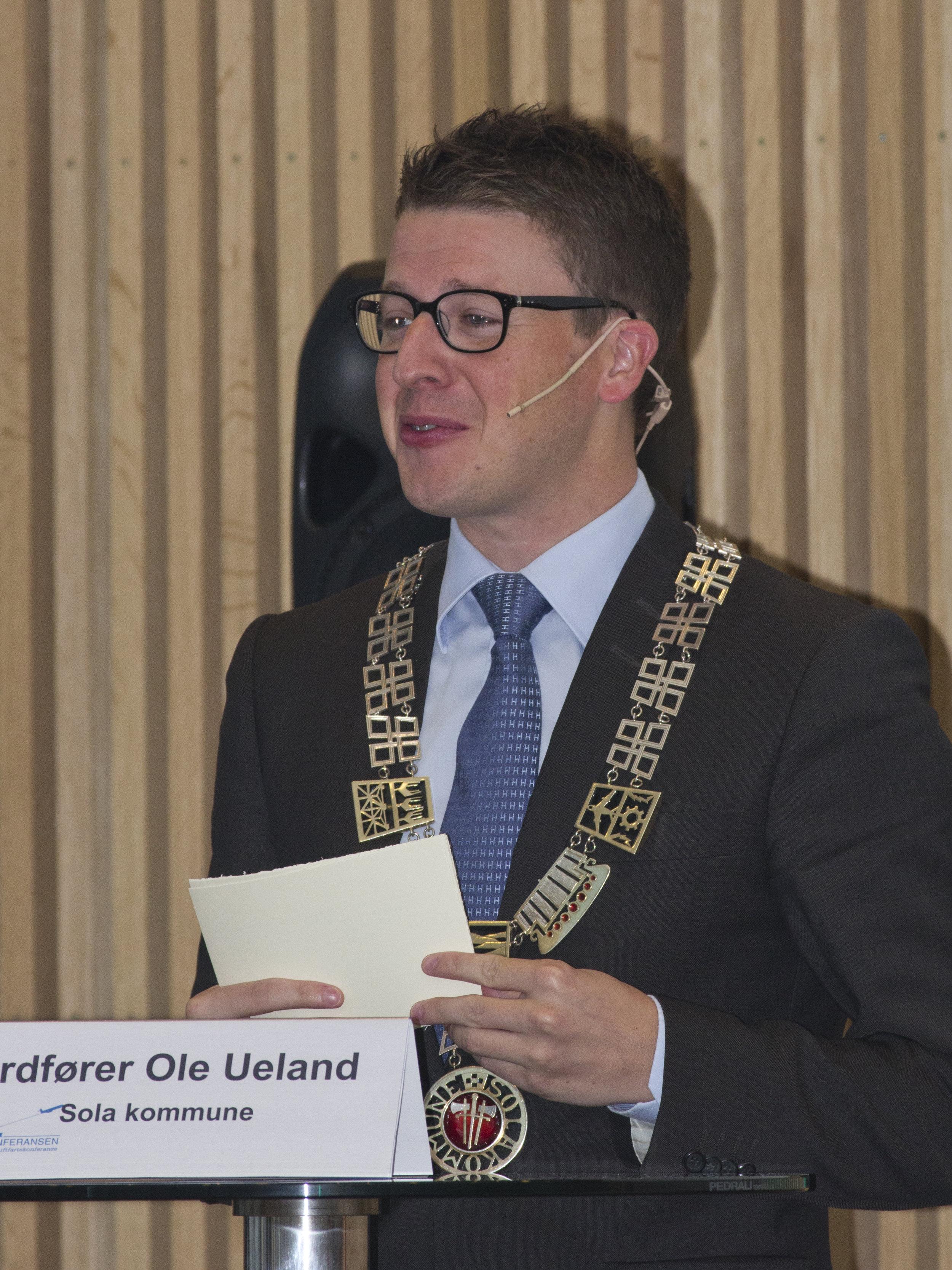 Ordfører Ole Ueland (2).JPG