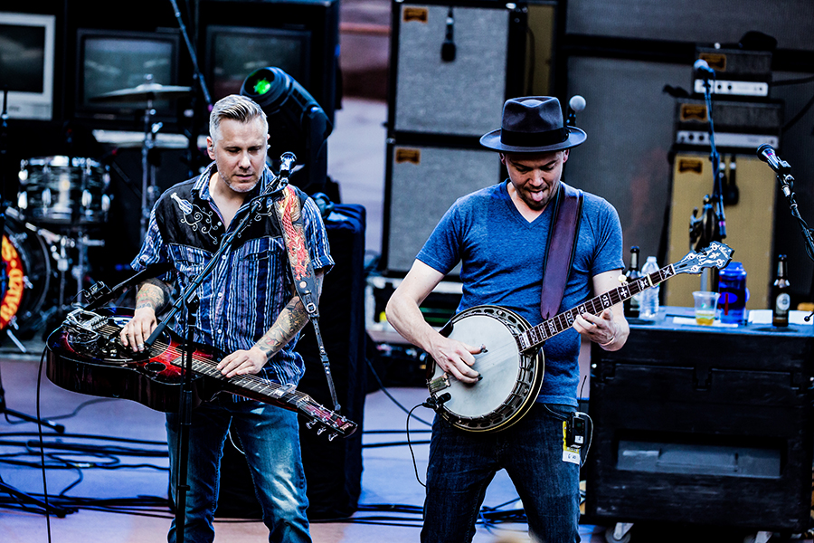 The Infamous Stringdusters-9.jpg