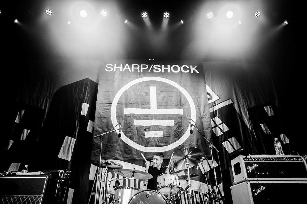 SHARPSHOCK0003.jpg