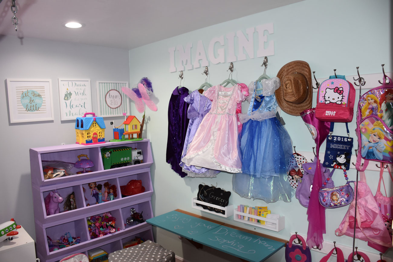 Custom Toy Bins & Dress-Up Wall