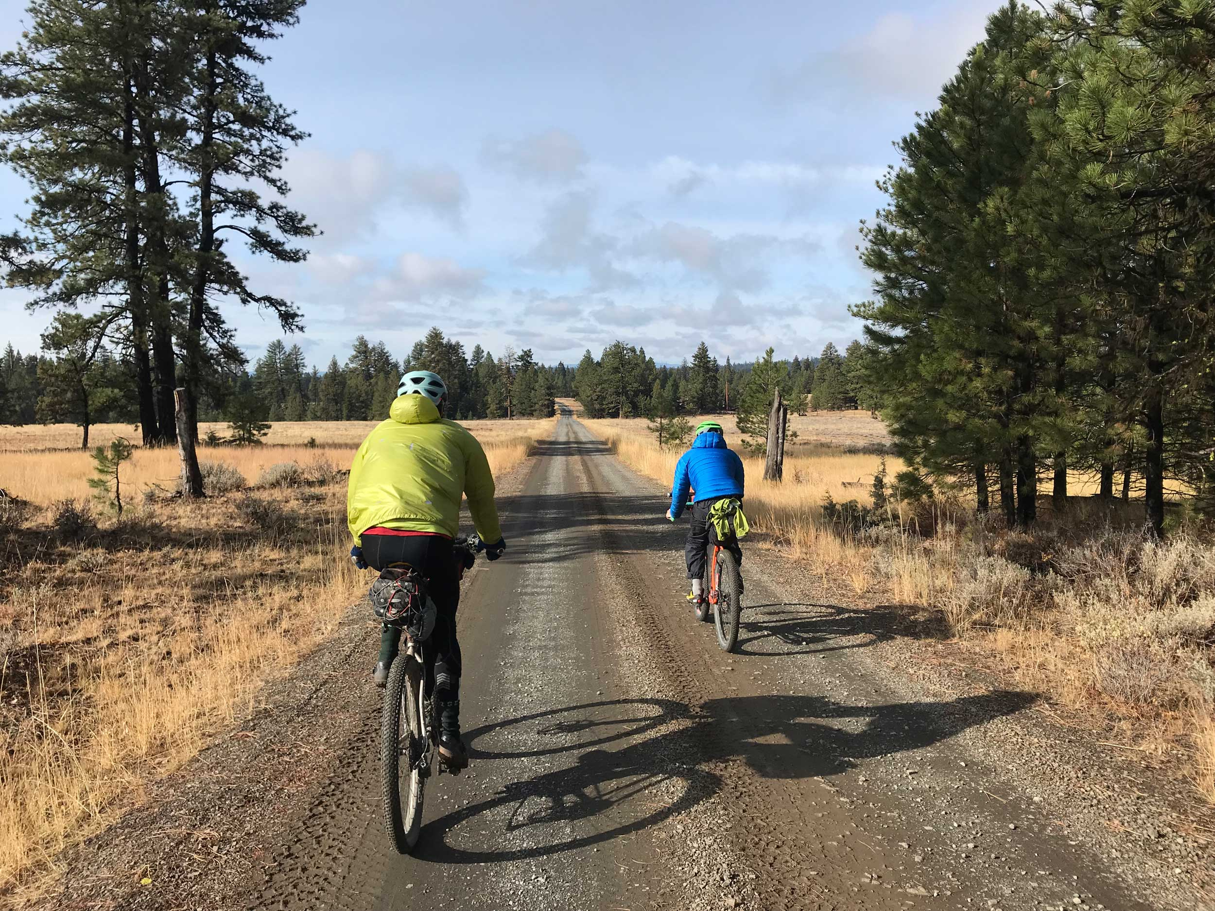 OCHOCO-OVERLANDER-LONG-ROAD-2RIDERS.jpg