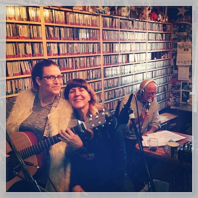 Juli & Lisa live on KPIG with Sleepy John