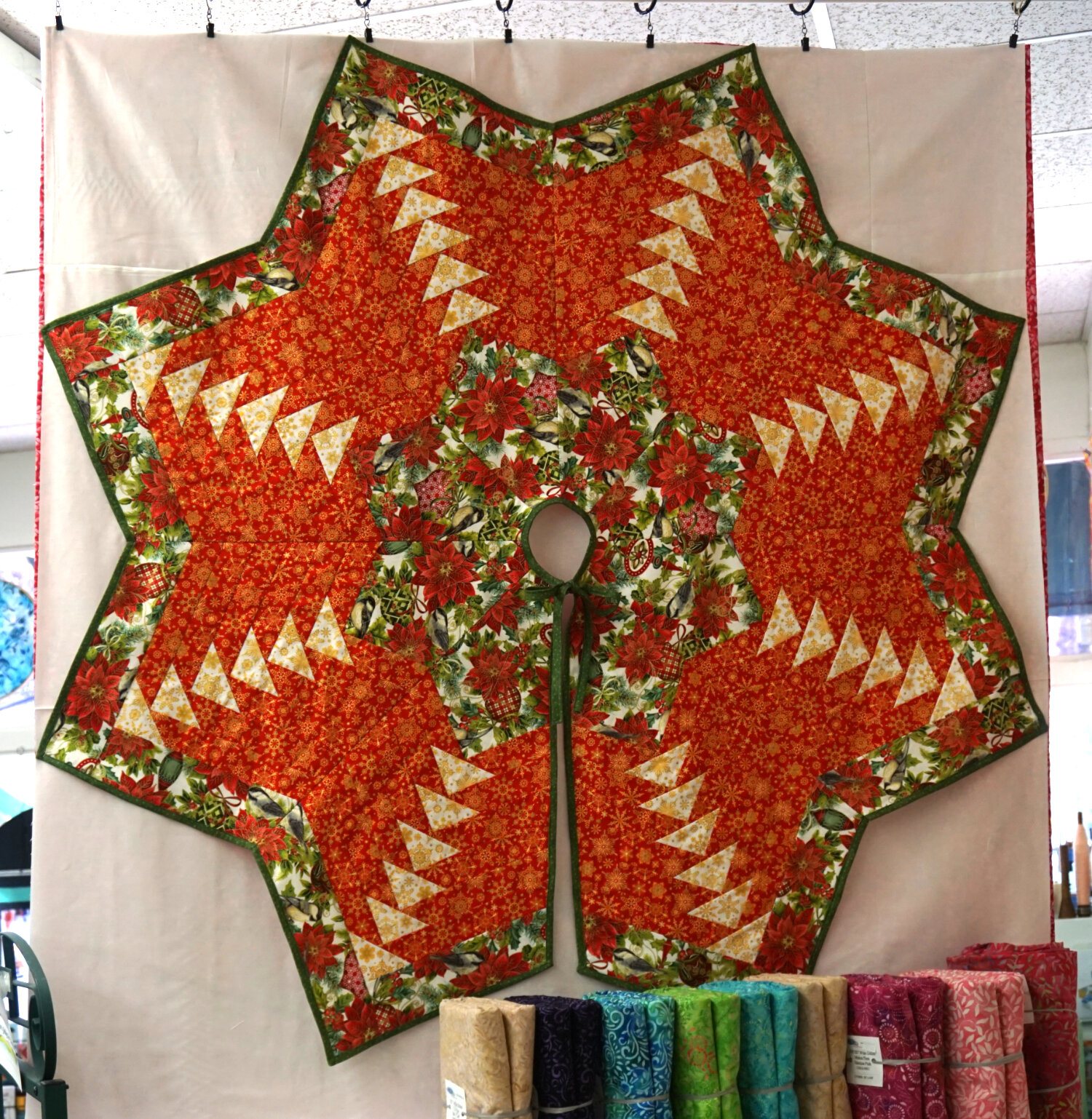 Large Quilted Tree Skirt