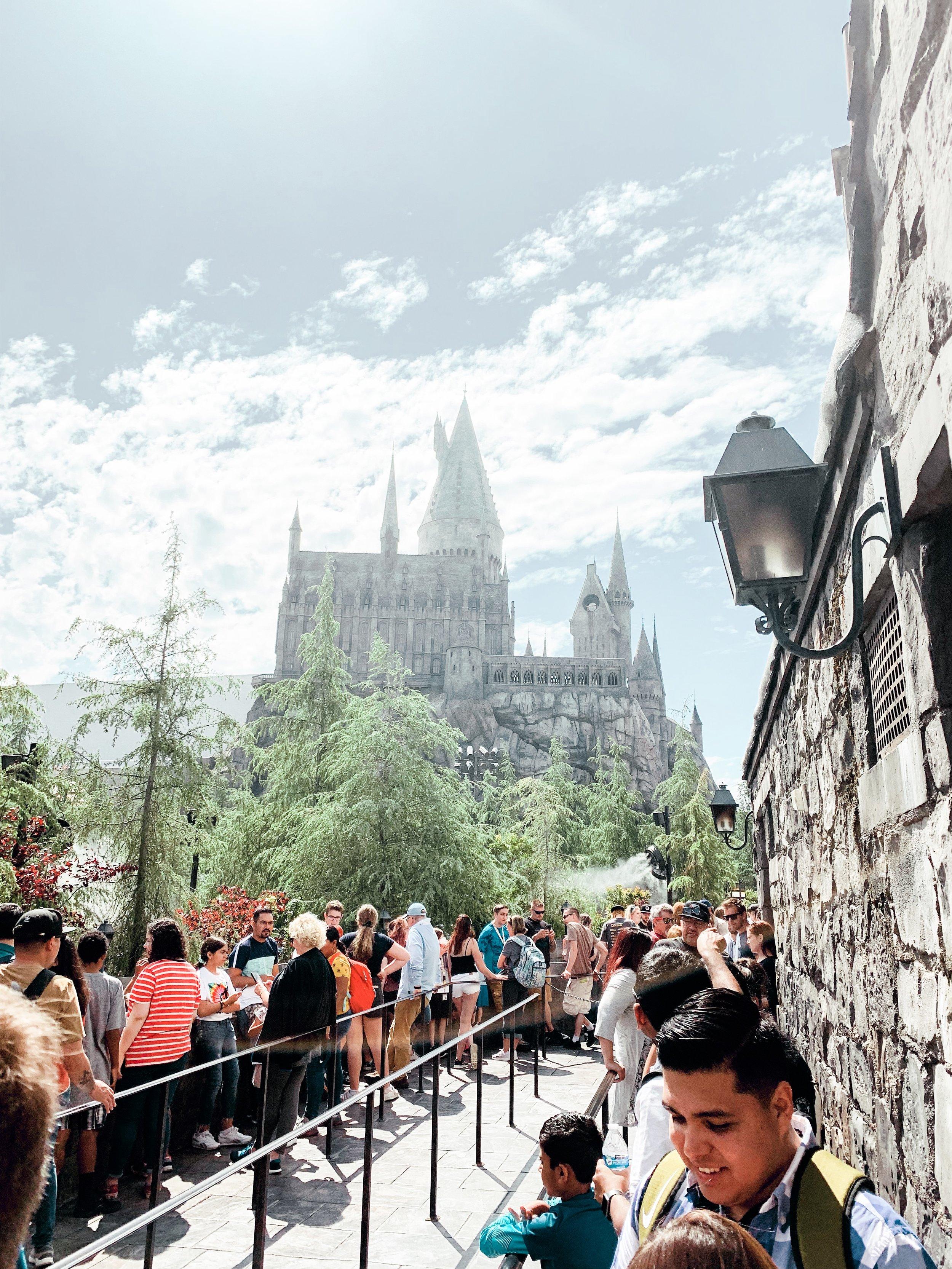 Universal Studios Ride line