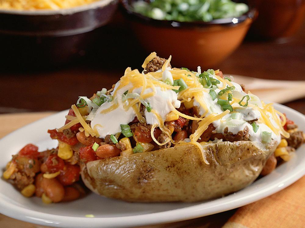 chili-topped-potatoes-sl.jpg