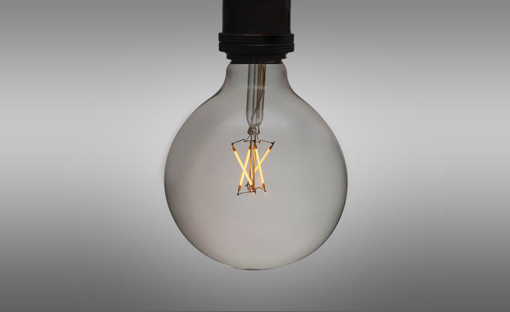 4W-Large-Filament-Bulb_on2.jpg