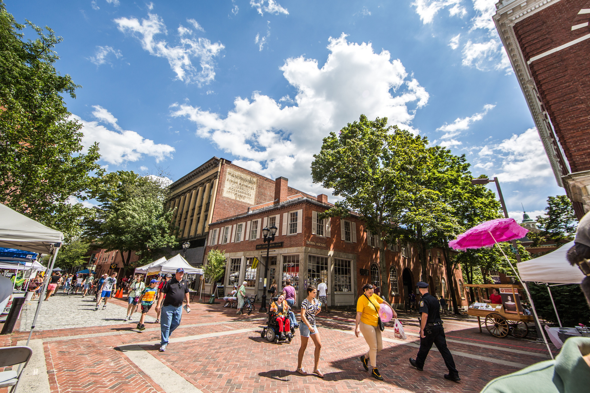 Pedestrian Mall during the Essex Street Street Fair