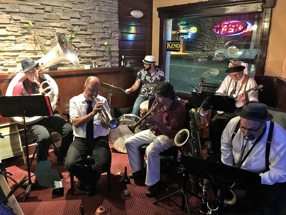 Live Music | Atrium    Dance the night away to hot jazz and swing by the Carubia Brass Bands featuring Jim Fryer.    7:30 and 7:45 pm