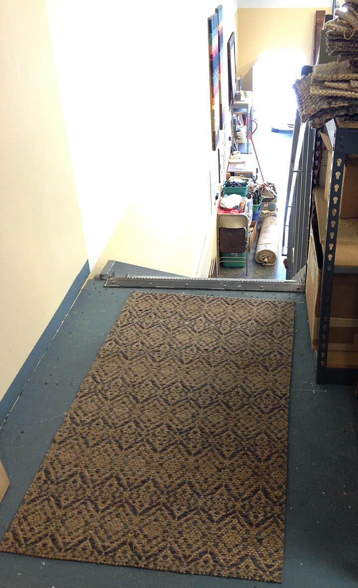 Diamond pattern handwoven rug