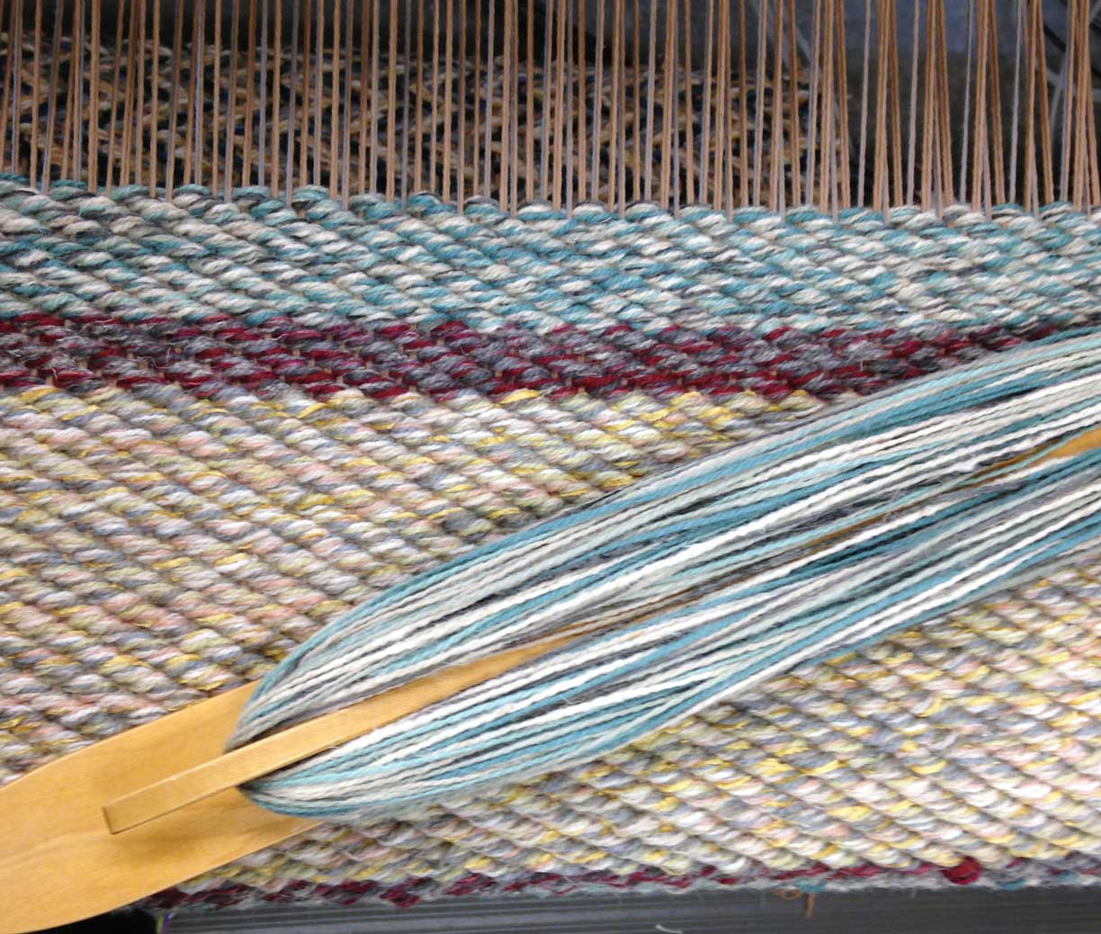 Twill stripes on the loom