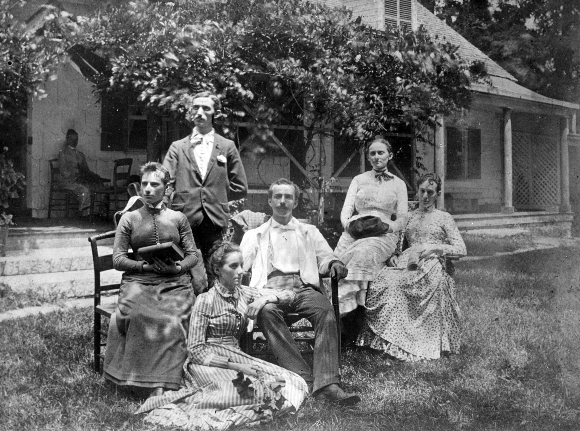 Standing: Alfred Bates.Seated, left to right:Edna Bates, Lucy Bates, John Bates, Anne, Eliza Bates