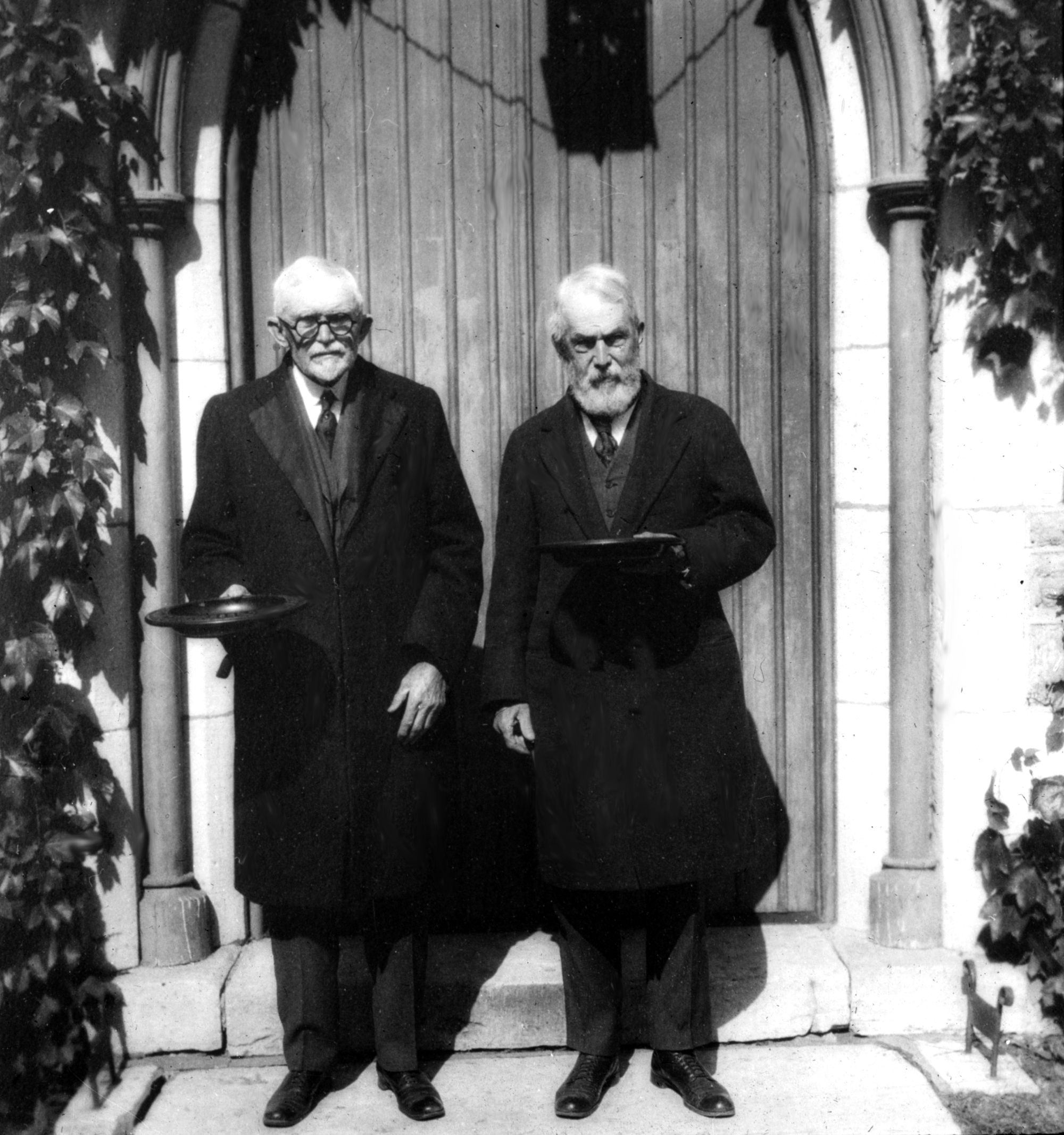 Oliver Hyatt with Col. Alexander Crane. They were vestrymen at St. James the Less Church, 1923.
