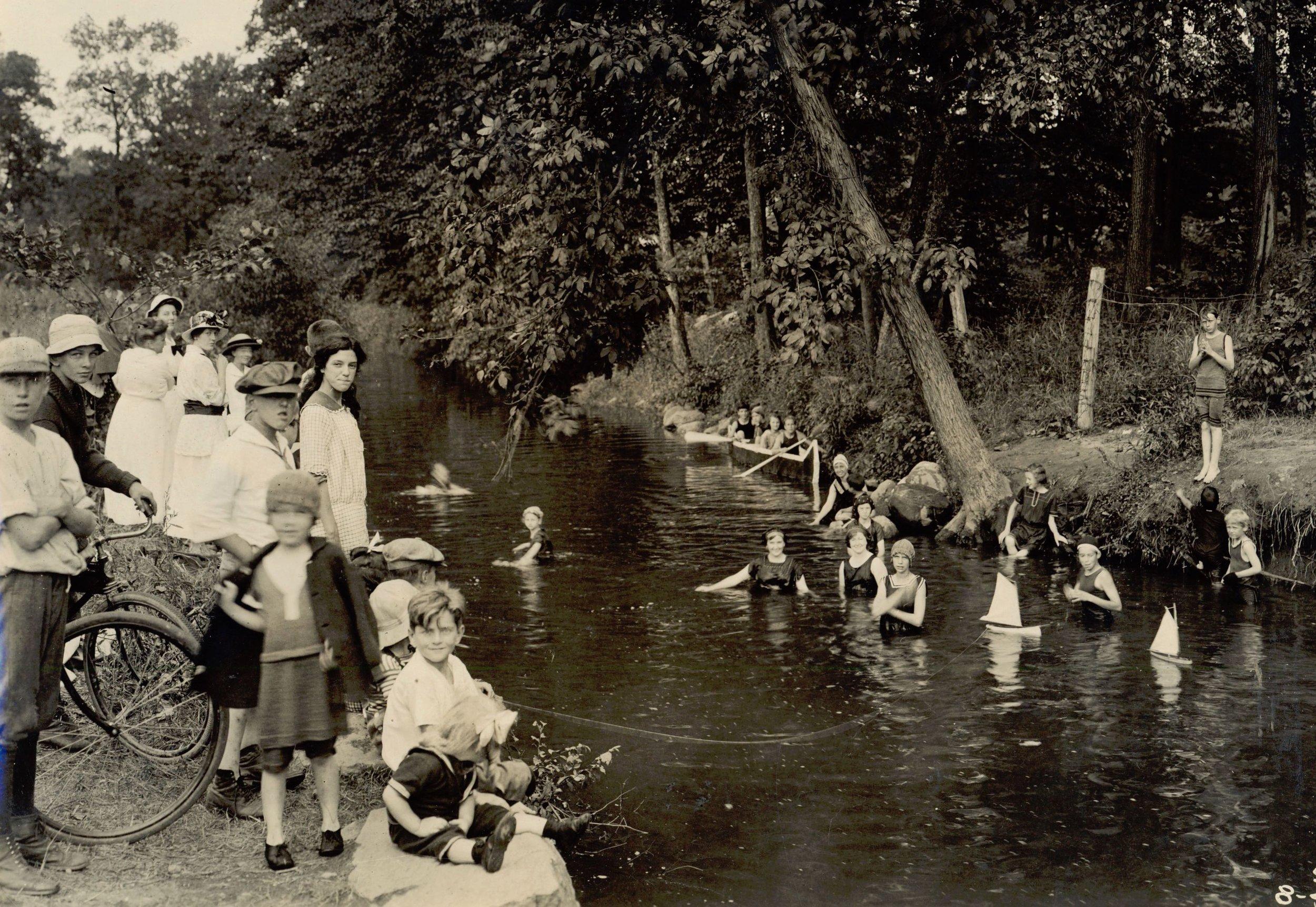 Bathing 1916.jpg