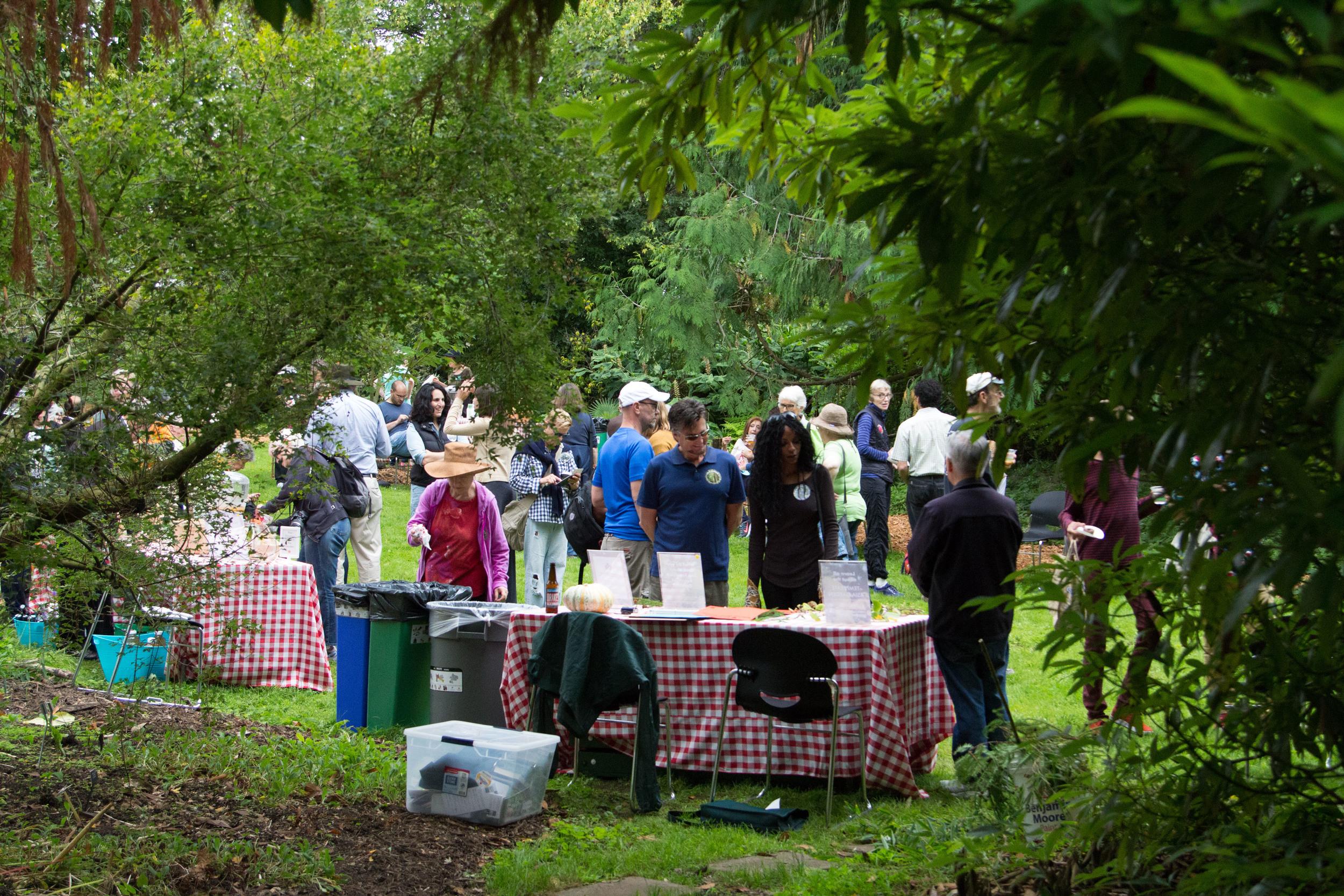 Garden Party 39
