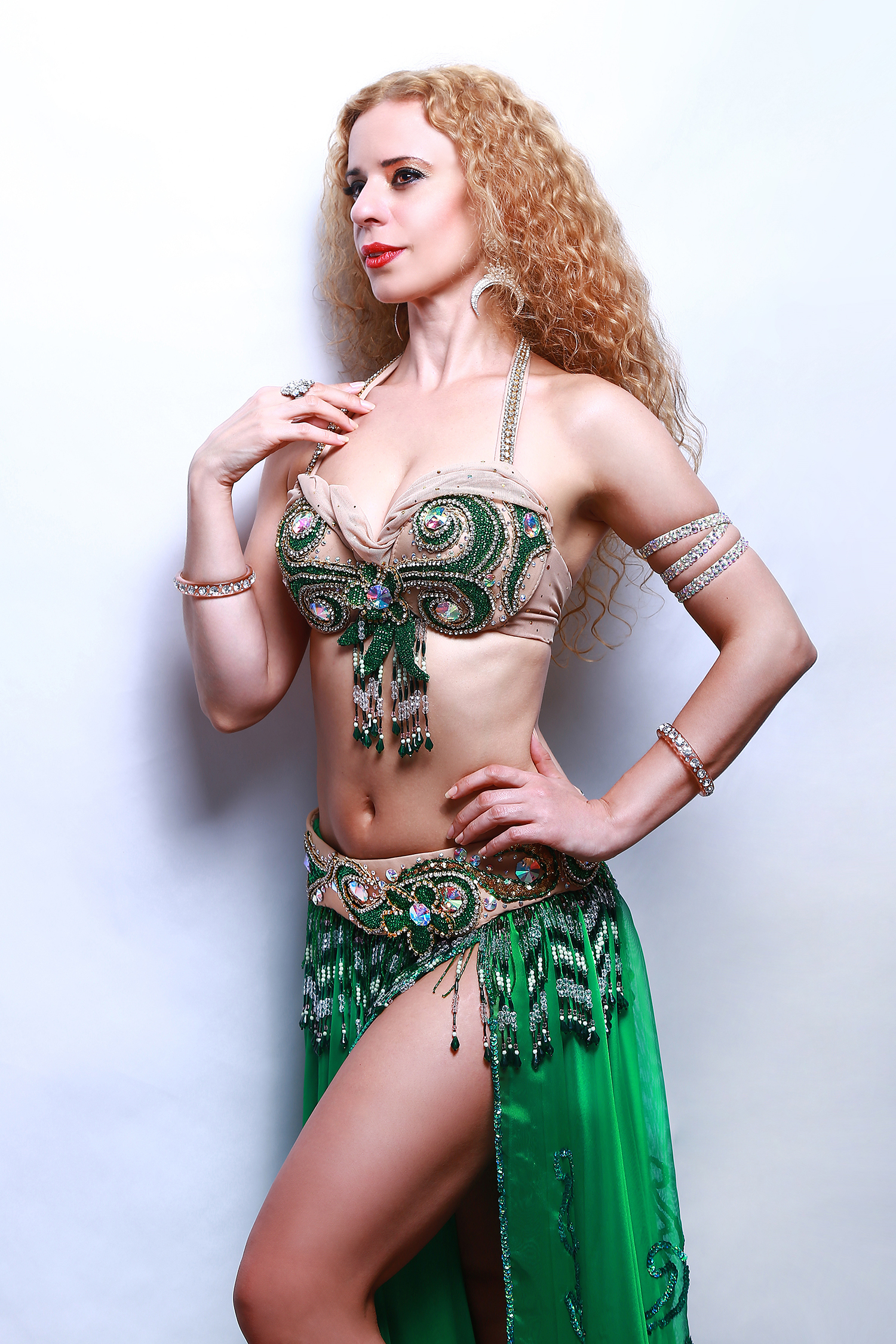 belly dance Melbourne, belly dancer hire Melbourne, belly dancers