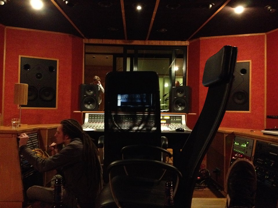 Gam_control room.jpg