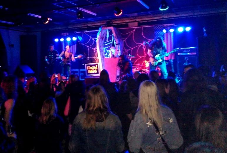 Glamfest, Minus One Gent (podium, licht en geluid)