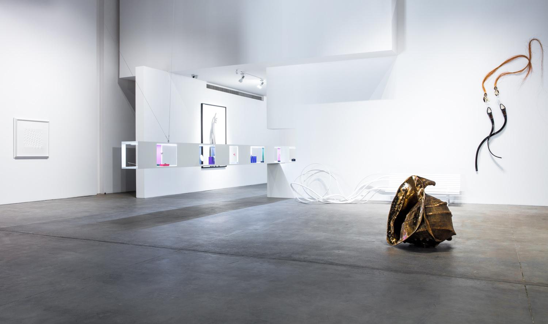 Bijou-coste-gallery-custot-dubai-10.jpg