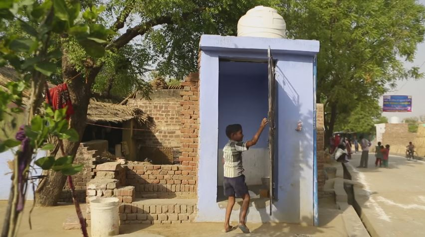That's a lot of toilets. Credit:  World Bank