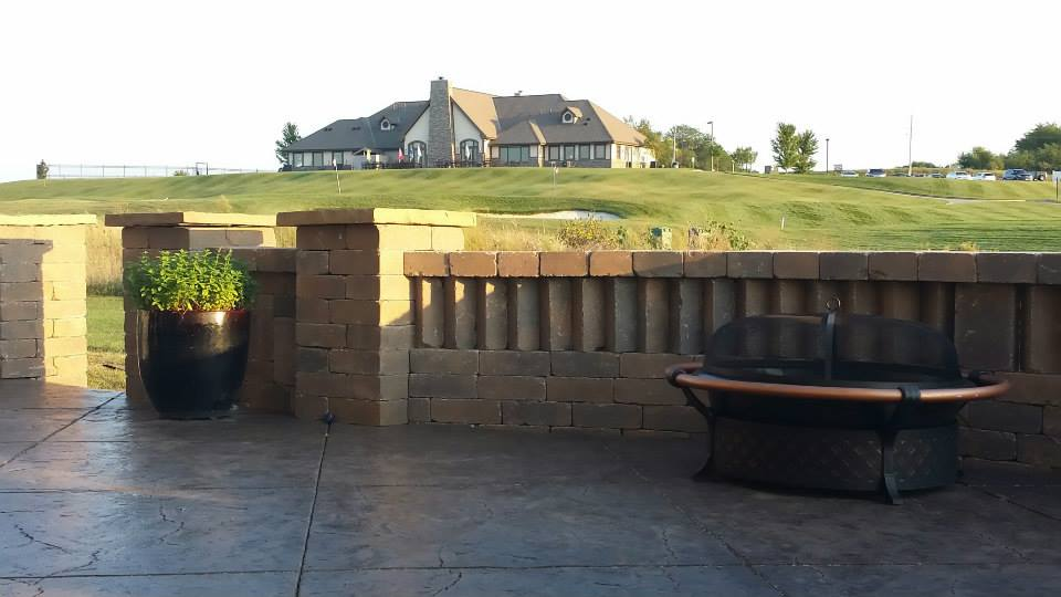 A finished hardscape in Raymore, MO.