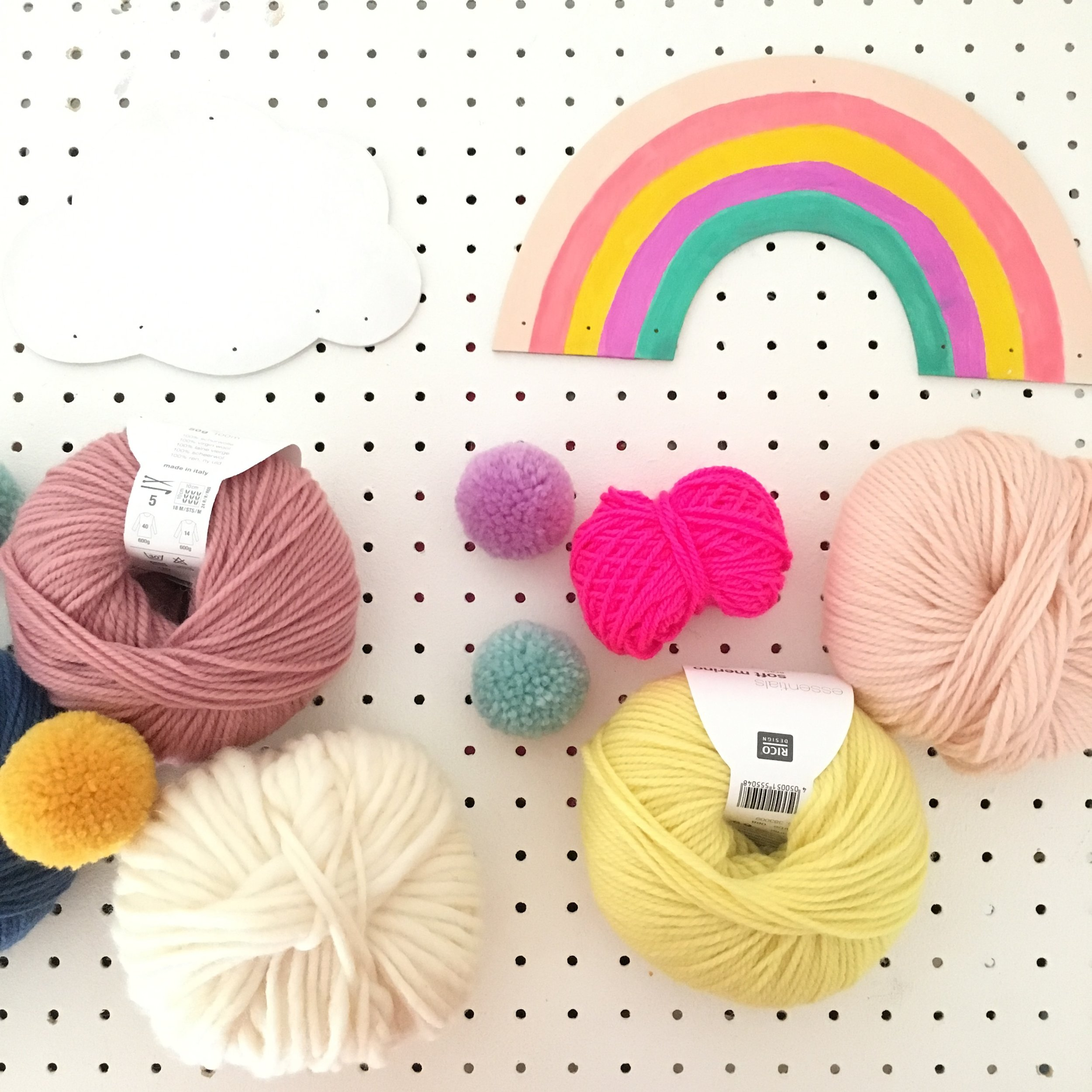 rico design yarn making pom-poms