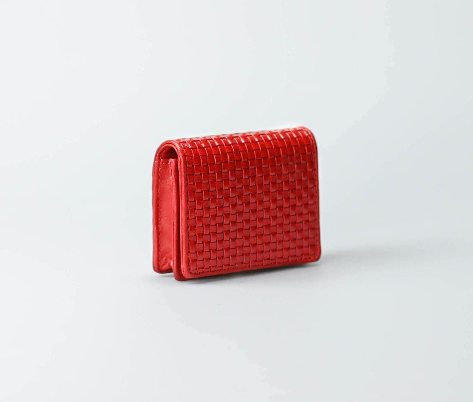 red-women-classic-weave-cardcase-buna-tresse-2.jpg