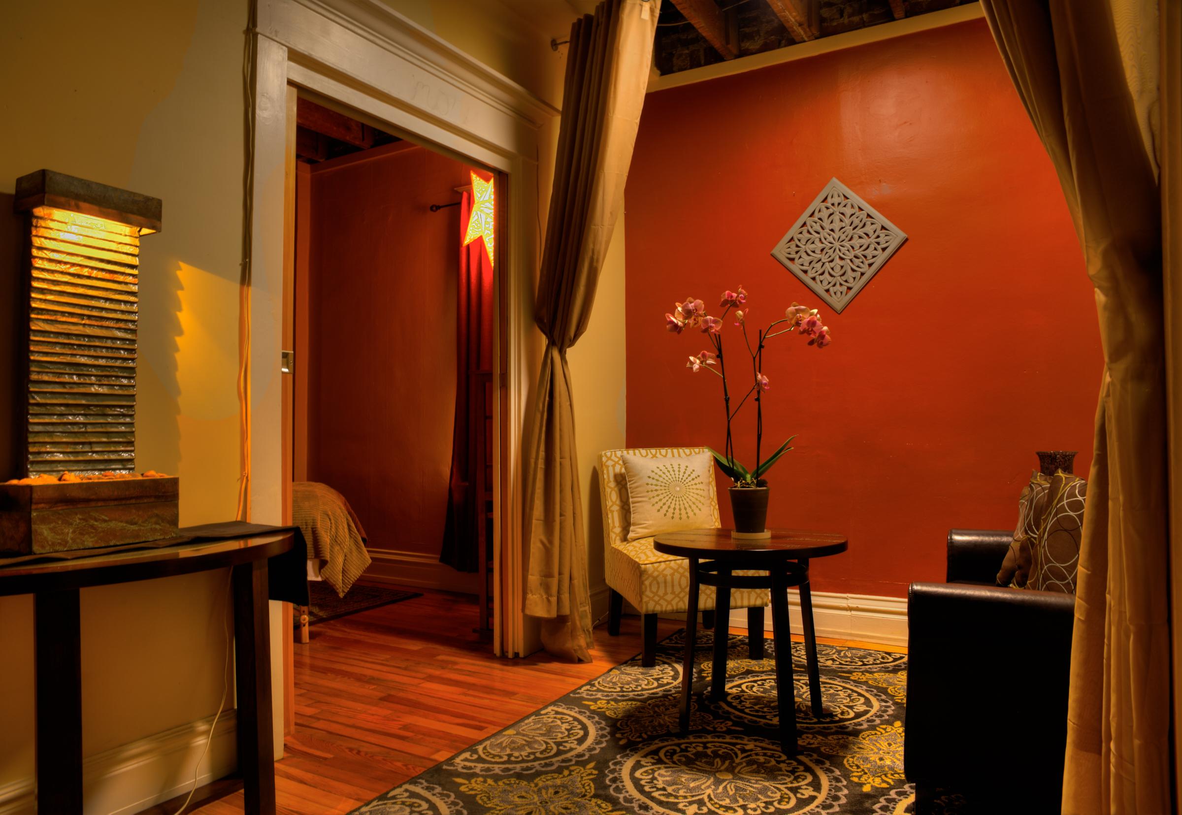 Symetry Massage Highland and Golden 13.jpg