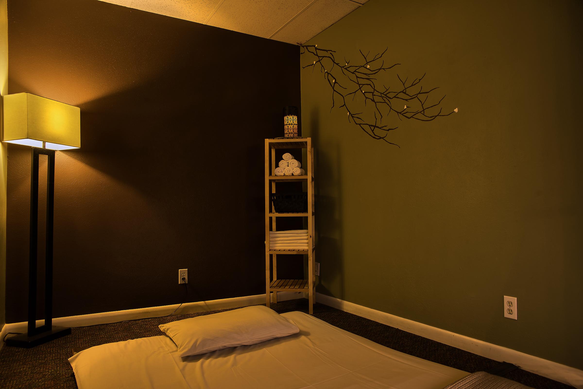 Symetry Massage Highland and Golden 19.jpg