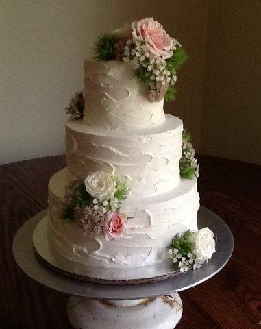 Lisa Bay Cake 4.JPG