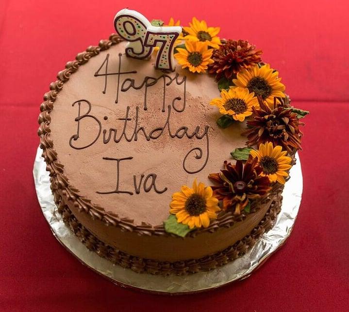 Aviary cake photo.jpg3.jpg