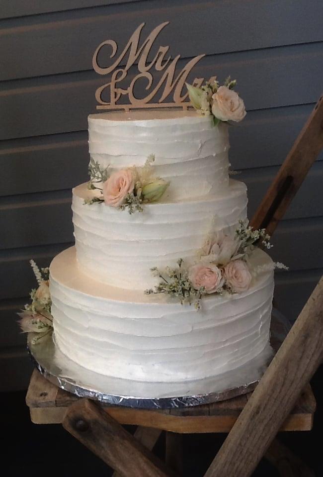 Aviary cake photo.jpg12.jpg