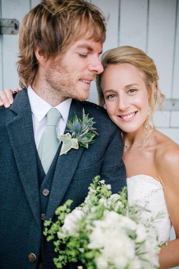 Somerset and Devon Wedding Photographer The Retreat 46