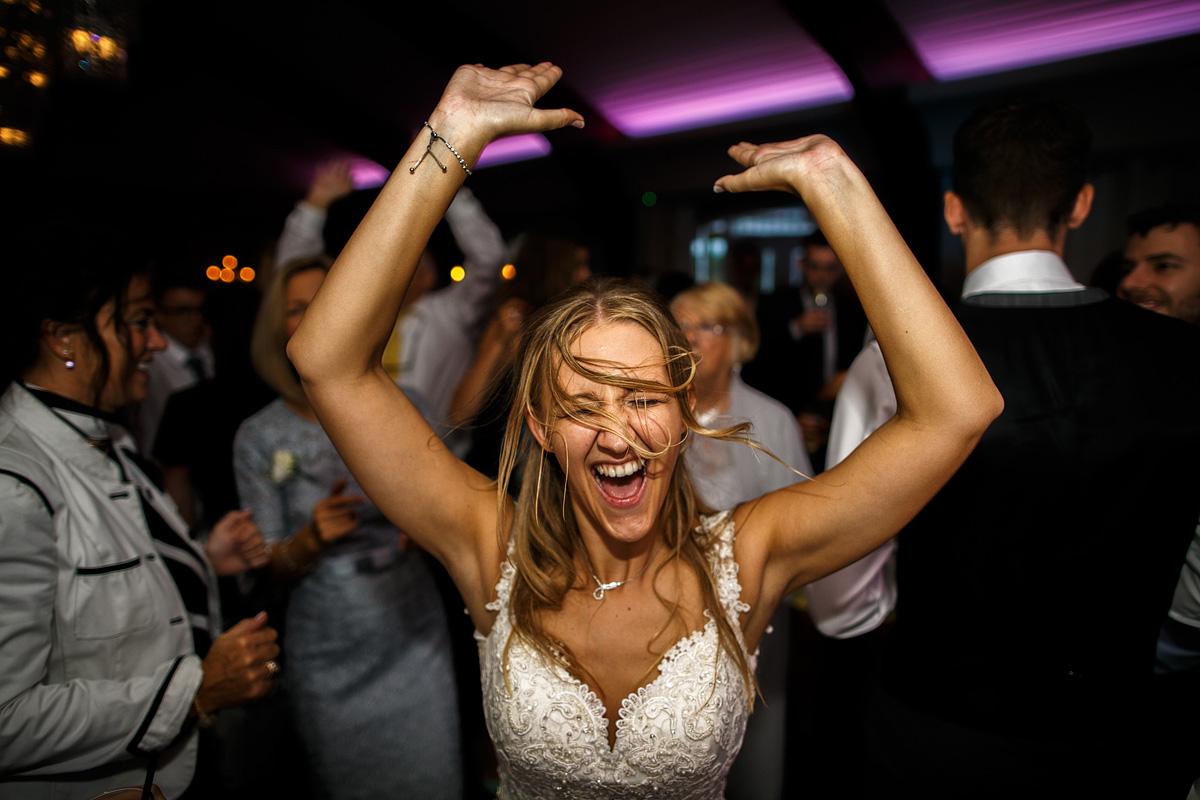 087-somerset-wedding-photographer-matt-bowen-at-the-retreat.jpg