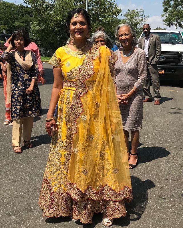 Indian sari for mother of the bride. Custom made sari top. #indianwedding #indiansari #customsari #custommadeclothes #customlyyoursllc #motherofthebride