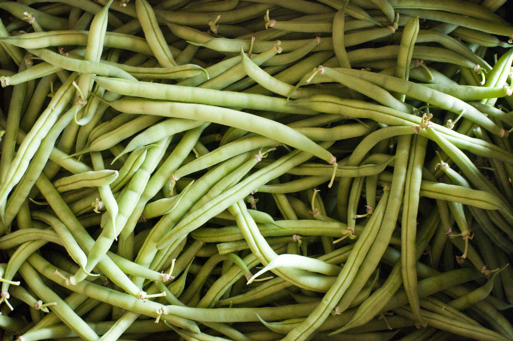 Image by Edwin Remsberg. Shows a pile of green beans.