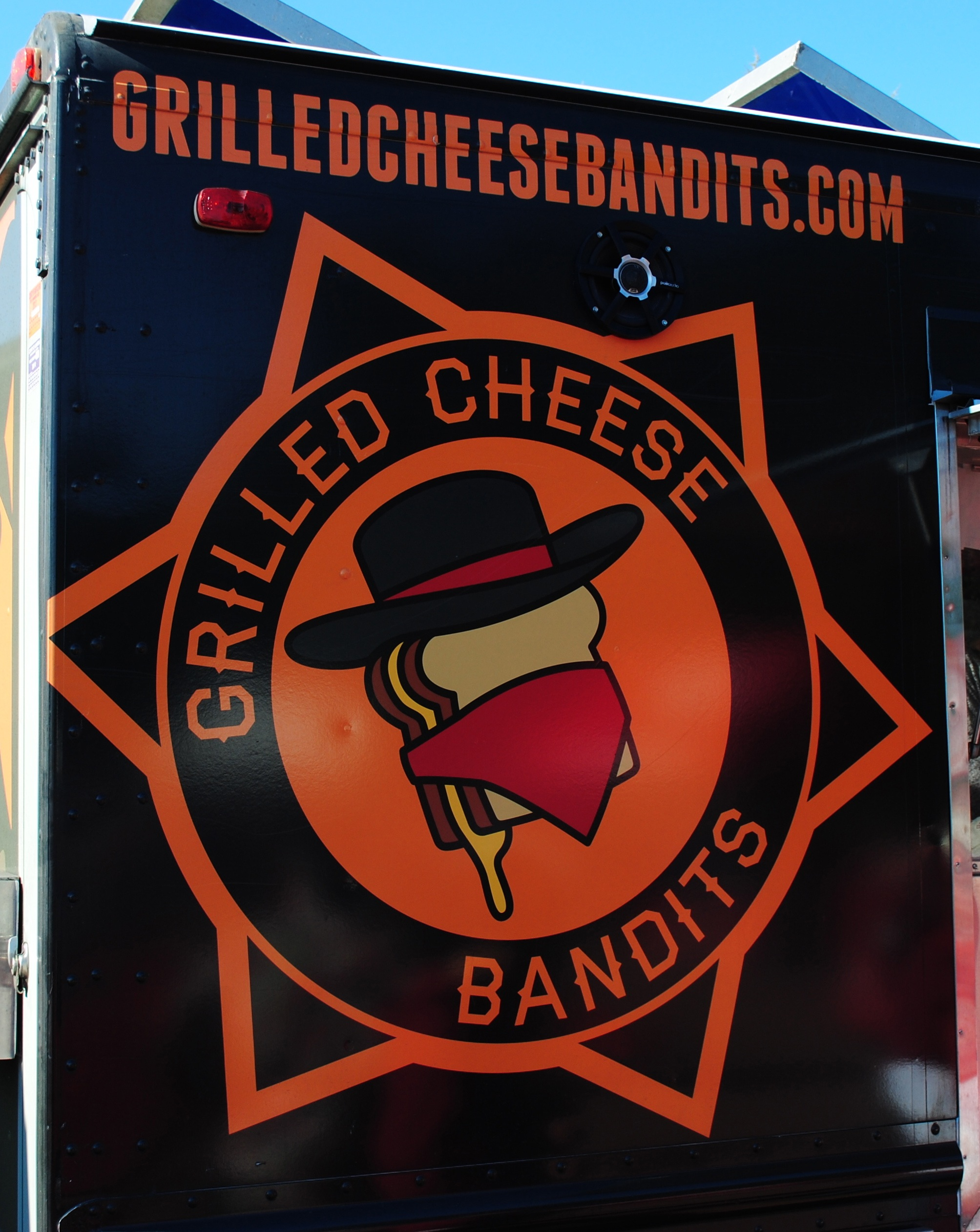 Food truck for Grilled Cheese Bandits. Image by Brian Cantonl