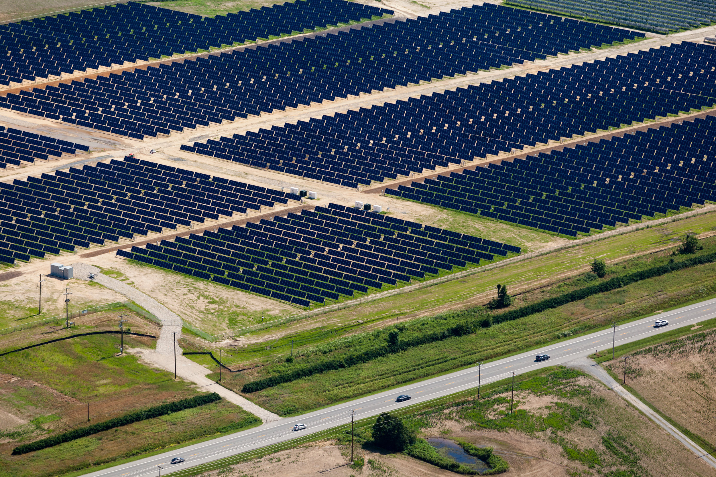Solar panels in Queen Anne's County MD. Image by Chesapeake Bay Program via flickr.com