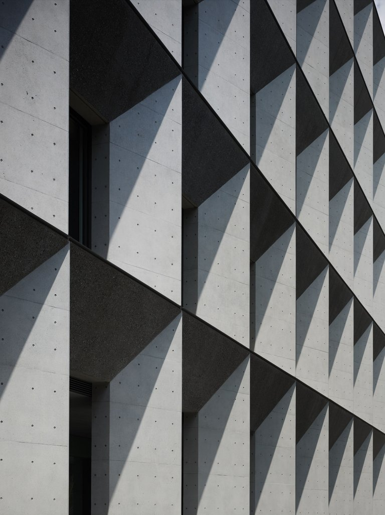 02facade looking up.jpg