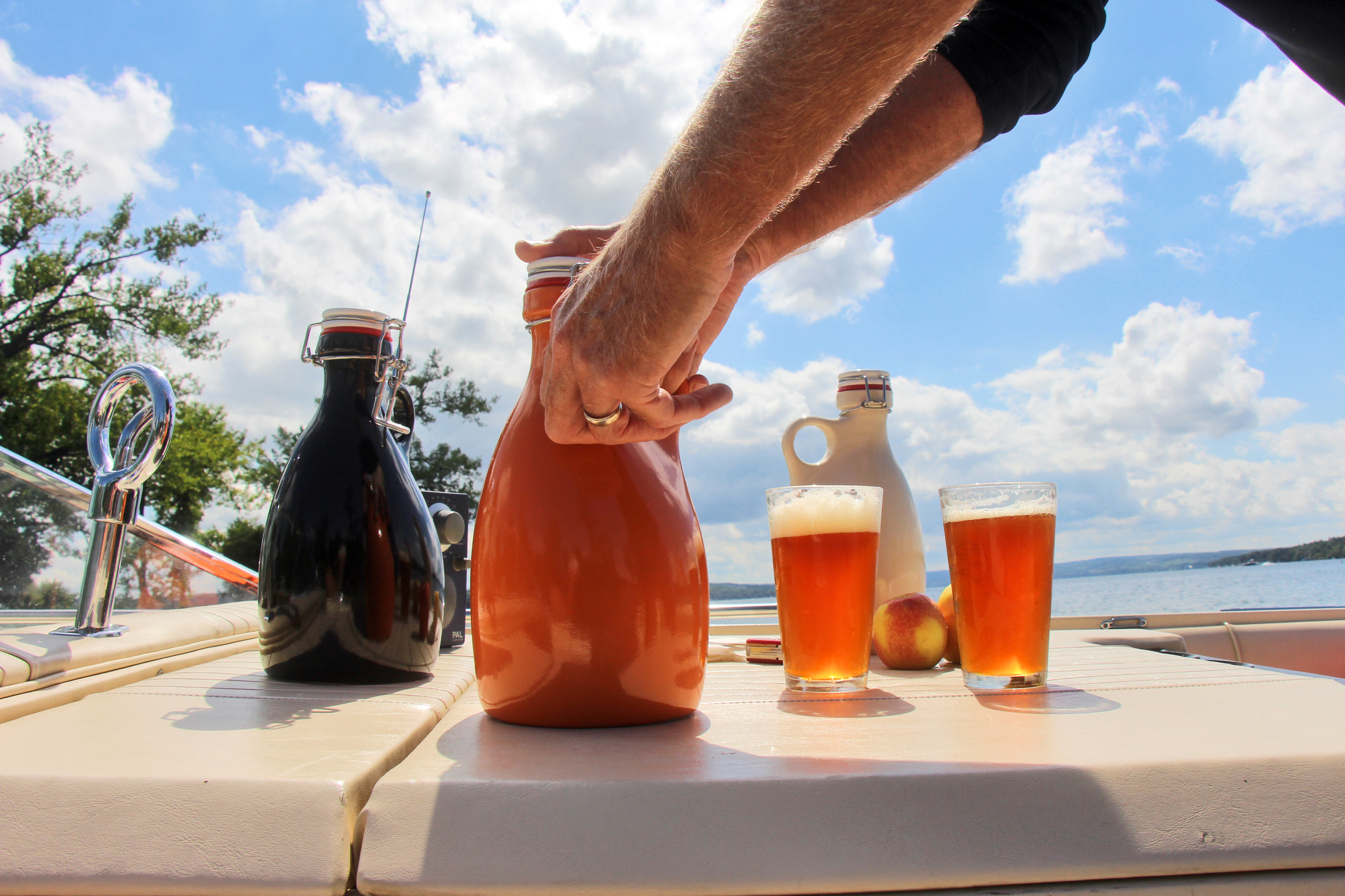 orange_vessel_craft_growlers_are_easy_and_the_best