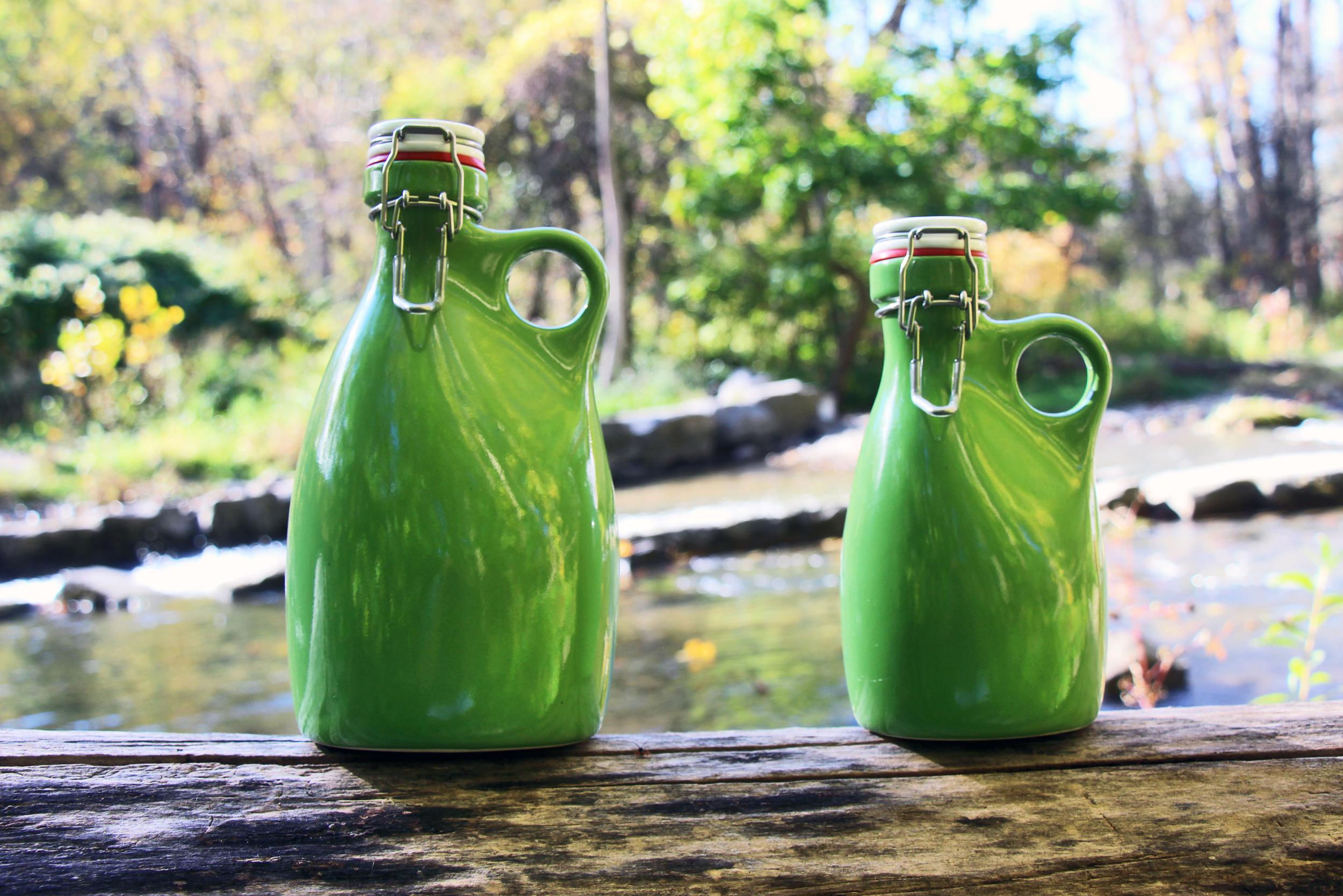orange-vessel-craft-beer-craft-growlers-new-green-64-ounce-32-oz.jpg