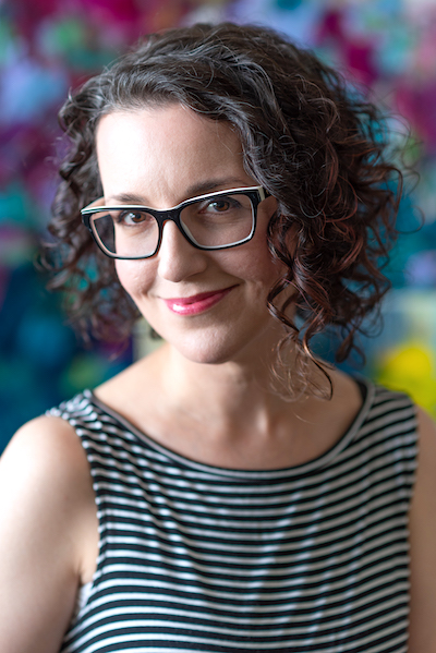 Paulette Insall, top Portland Oregon Contemporary Abstract Artist in her art studio