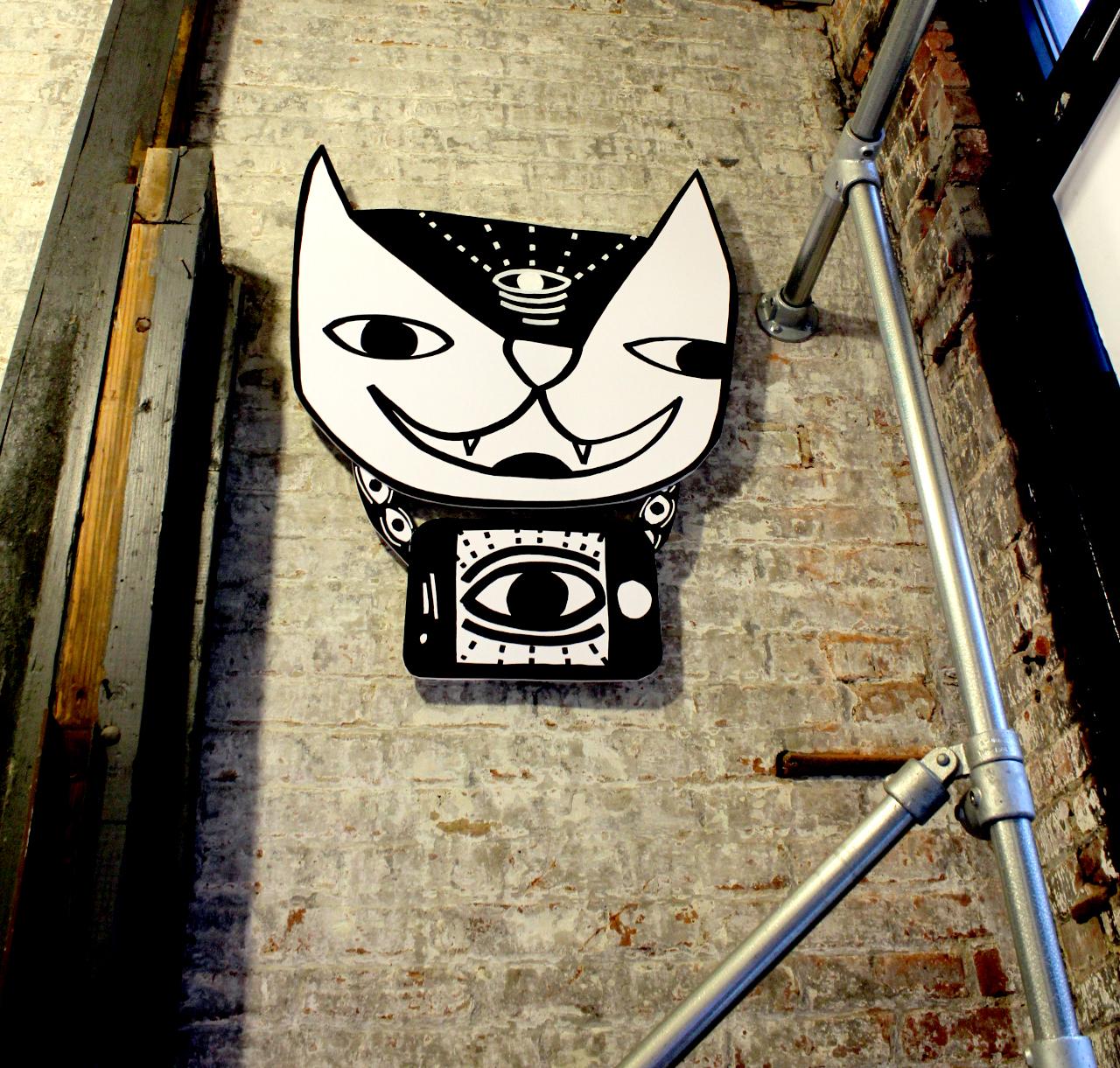 chain cat.jpg