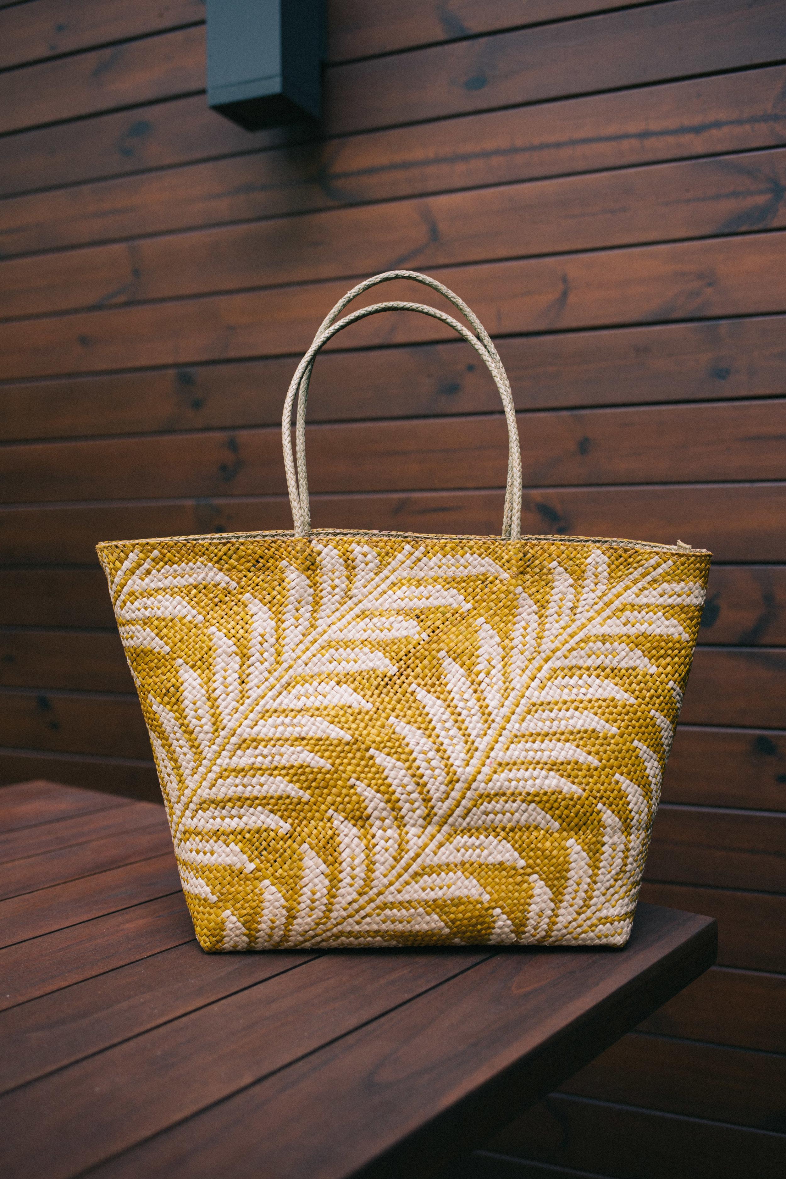 My current go-to handbag that sparks all the JOY! Shop the Hannah bag at  Láro  now!