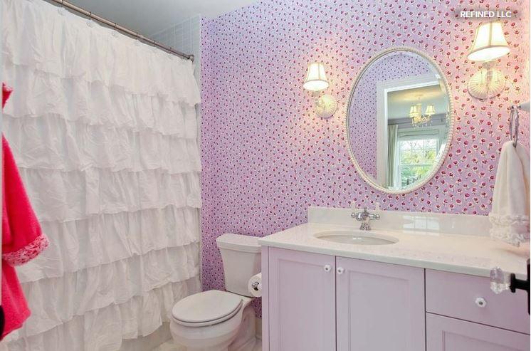 ShowerCurtainorDoors4.JPG