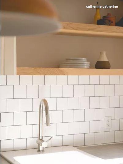 White_Wood_Kitchen_6.JPG